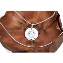Medalik Matka Boska Karmiąca + łańcuszek srebrny 45 cm (splot żmijka)